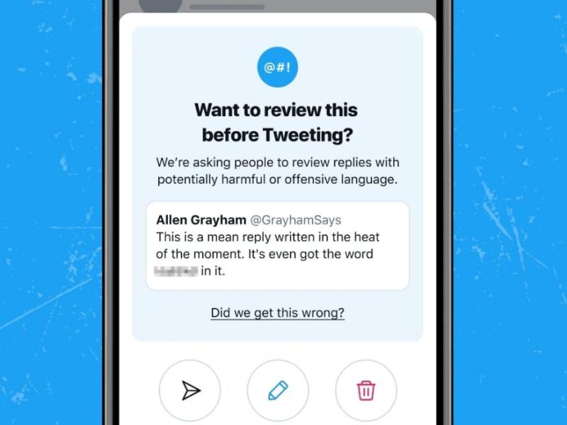 Twitter, nuova funzionalità anti-odio: «Non vuoi modificare questo contenuto?»
