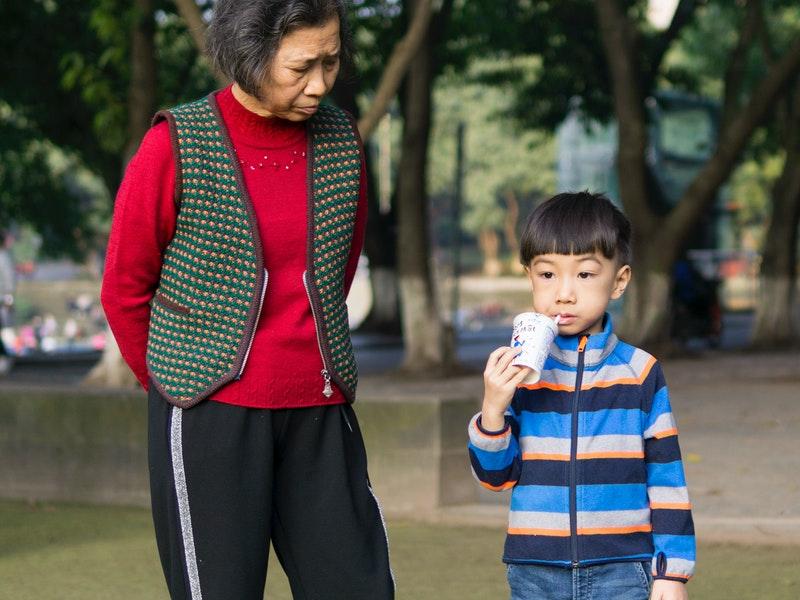 Cina, svolta demografica: fino a tre figli per coppia