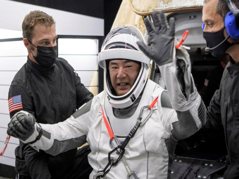 Space X torna sulla Terra, esulta Elon Musk