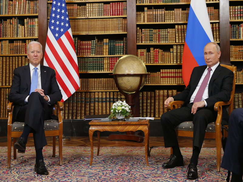 Dopo il bilaterale con Putin, Biden twitta: «America is back»
