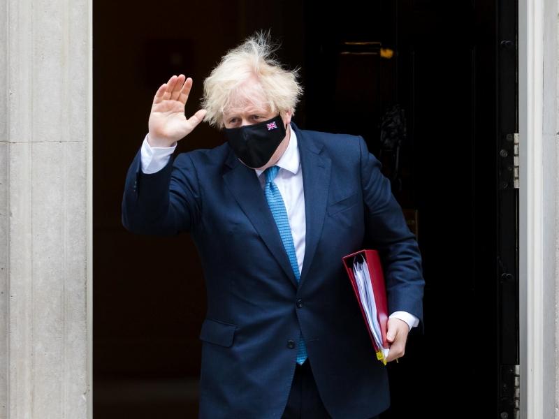 Razzismo, Boris Johnson: «Niente stadio per chi insulta online»
