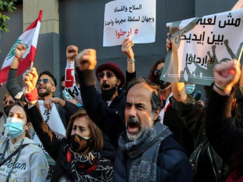 Il Libano sull'orlo del collasso: «Vicini a un'esplosione sociale su larga scala»