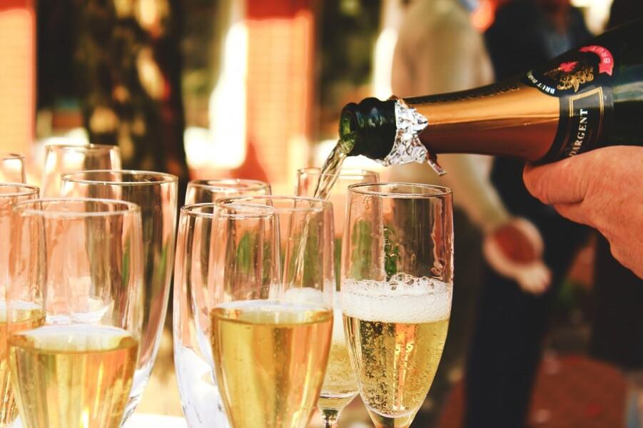 Da Champagne a Shampanskoe: tra Russia e Francia è 'guerra delle bollicine'